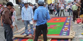 בין קסם למסורת: חגיגות הפסחא באנטיגואה