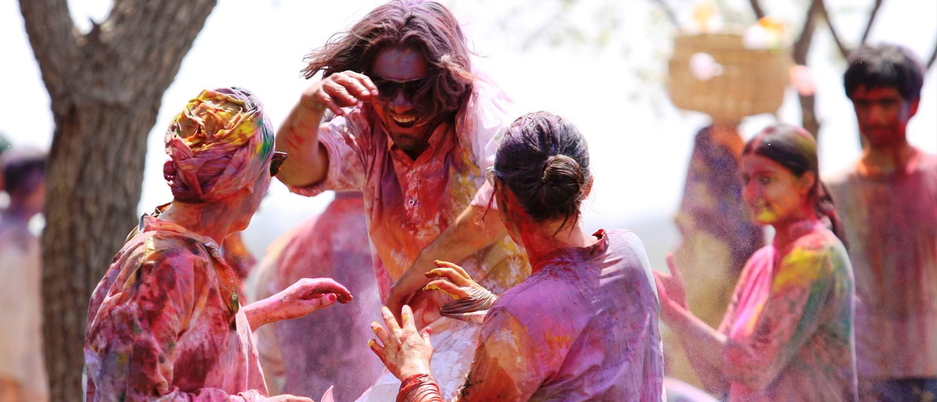 פסיטבל הולי בהודו - פסטיבל הצבעים