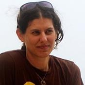 מיה בנסקי