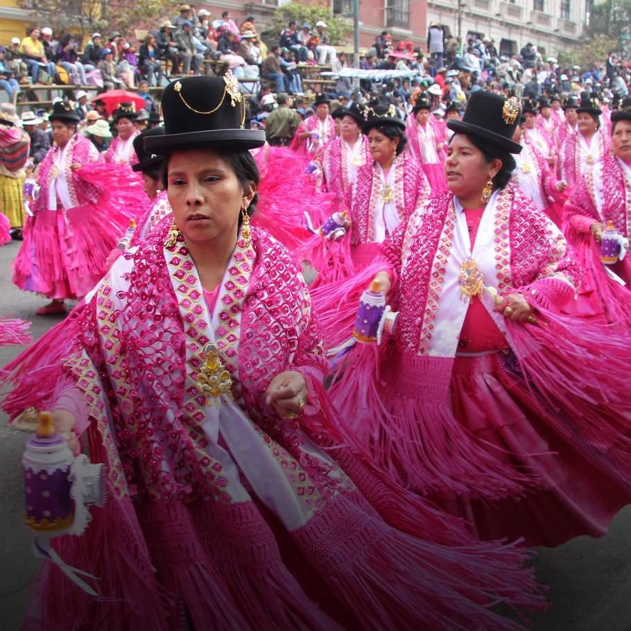 טיול מאורגן לפרו ובוליביה בחגיגות קרנבל השטן