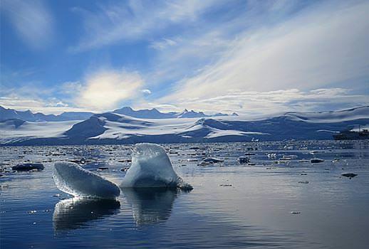 נופי קרחונים בשייט לאנטארקטיקה | צילום: אמיר גור